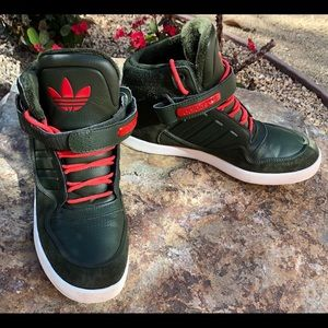 VTG Adidas Made with real Leather, Size 9.5